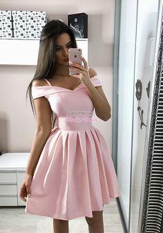 cdb392fad2 Sukienkowo.com - JULIA - Rozkloszowana sukienka bez ramion różowa