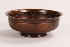 Roycroft hammered copper fruit bowl with exquisite design. Signed. Excellent new patina. 9″d x 3.5″h