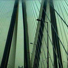 #bandraworlisealink #placestosee #mumbai #nparanoiapictures #travel #drive #lines