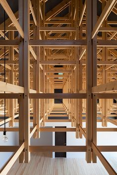 © Shigeo Ogawa - Archery Hall & Boxing Club by FT Architects - Simple timber construction + detail Architecture Design Concept, Architecture Durable, Detail Architecture, Timber Architecture, Japanese Architecture, Contemporary Architecture, Tectonic Architecture, Tokyo Architecture, Pavilion Architecture