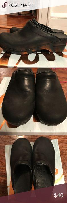Women's clogs. Dansko. Size 37. Cute clogs. Worn a few times. Black. Dansko Shoes Mules & Clogs