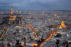 The Tour Montparnasse (Montparnasse Tower) overlooks the district of Montparnasse. Its panoramic terrace offers one of the most beautiful views over Paris.
