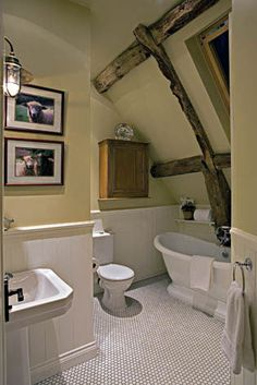 Cottage decor: Bathroom   THURSTON / BOYD Interior Design