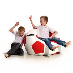 Pufa Kick to duża piłka nożna. Ulubiona pufa dzieci ale również doskonała dla… Soccer Ball, Bean Bag Chair, Kicks, Sports, Hs Sports, European Football, Beanbag Chair, European Soccer, Soccer
