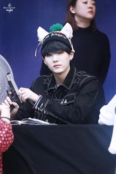 """""""170224 myeongdong fansign by flame suga。 thank you! ◇ please do not edit, and take out with credit。 """""""