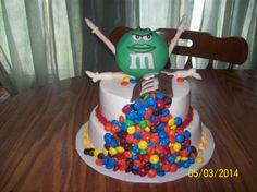 M&M by Jayme Sues Cakes this is my mom's friend she makes amazing cakes I'm trying to get her spread around