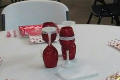 Christmas wine glasses centerpiece