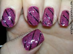 christmas-festive-wrapping-wrap-gift-paper-nail-art-nails-pink-striping-tape-ciate-magic-carpet-elf-fuchsia