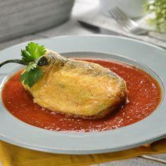 Se me antojó esta rica receta: Chiles Rellenos de Queso en Caldillo de Tomate