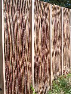 So simple and beauiful ! Willow fence are unique #TheGreenBarrier #fence #privacy