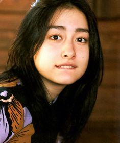 Akari Hayami 早見あかり Momoiro Clover, Innocent Girl, Japan Girl, Girl Group, Diva, It Cast, Women's Fashion, Asian, Drawing