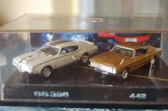 Amazon.com: Hotwheels Muscle Cars Oldsmobile 442 & Chevrolet Chevy Chevelle - 30th Anniversary of '69 Muscle Cars - 100% Die Cast Metal - Mu...