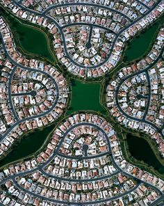 Christoph Gielen's aerial photographs document the failures of sprawl (via The Dirt)