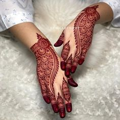 Henna Tattoo Designs Simple, Back Hand Mehndi Designs, Stylish Mehndi Designs, Henna Art Designs, Mehndi Designs For Girls, Wedding Mehndi Designs, Beautiful Mehndi Design, Dulhan Mehndi Designs, Latest Mehndi Designs