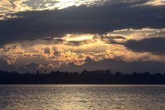 'Io lo so e tu lo sai, ci sono tramonti che non tramontano mai.' #sunset