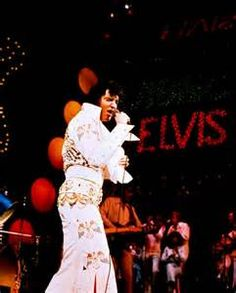 220 best images about ELVIS ALOHA FROM HAWAII on Pinterest ...