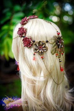 Etsy の Crown of Roses by BlingGoddessBoutique