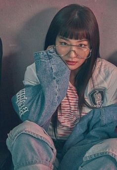Find images and videos about red velvet, seulgi and kang seulgi on We Heart It - the app to get lost in what you love. Kpop Girl Groups, Korean Girl Groups, Kpop Girls, Red Velvet Seulgi, Red Velvet Irene, Kang Seulgi, Poses, K Pop, South Korean Girls