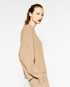 ZARA - WOMAN - SWEATER WITH ZIP AT THE BACK
