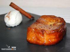 Torrijas de brioche Spanish Desserts, Delicious Desserts, Yummy Food, Cooking Recipes, Healthy Recipes, Tostadas, Food To Make, French Toast, Brunch