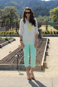 Mint skinny jeans with yellow bubble necklace