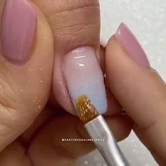 Gold Gel Nails, Faded Nails, Short Nail Manicure, Cute Acrylic Nails, Ombre French Nails, French Fade Nails, Blue Ombre Nails, Glitter French Nails, Nail Art Designs Videos