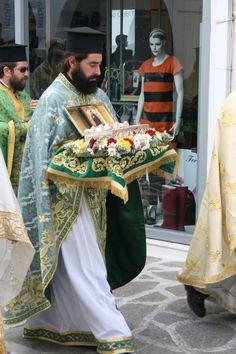 Greece http://onira.tumblr.com/post/12606902490/9-novembre