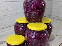 Ecetes lilakáposzta Croatian Recipes, Hungarian Recipes, Gyro Pita, Ketchup, Paleo Recipes, Preserves, Pickles, Mason Jars, Food And Drink