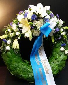Funeral Flowers, Hanukkah, Wreaths, Home Decor, Decoration Home, Door Wreaths, Room Decor, Deco Mesh Wreaths, Home Interior Design