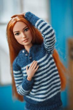 B Fashion, Fashion Dolls, Barbie Basics, Chrochet, Dollhouse Miniatures, Barbie Dolls, Winter Outfits, Winter Hats, Funny