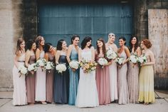 This just might be our favorite mismatched bridesmaid style | Image by Matt Lien