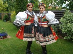 Czech girls in Kroje dresses