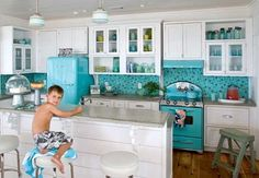Love this color....my favorite! Would love to find big appliances in aqua.