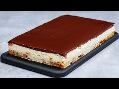 Nejen děti budou mít radost! Dort Kinder Bueno bez pečení!| Cookrate - Czech - YouTube Nutella, Weight Watchers Desserts, Food Cakes, Flan, No Bake Cake, Tiramisu, Cake Recipes, Biscuits, Cheesecake