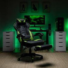Respawn 110 Racing Style Reclining Gaming Chair with Footrest - On Sale - Overstock - 22848763 - Black Gaming Furniture, Office Furniture, Gamer Chair, Bedroom Setup, Bedroom Loft, Bedroom Ideas, Gamer Room, Support Pillows, Chair Types