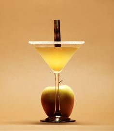 Halloween cocktail: The Caramel Apple - click for recipe!
