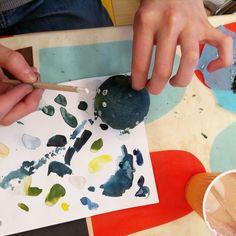 Lasten taidepajojen ohjaus: katutaide, instakävet ja askartelu. Lasten kulttuurikeskus Pikku-Aurora, Espoon kaupunki, Tapahtuma ja kulttuuripalvelut