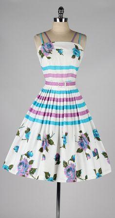 vintage 1950s dress . white floral print . by millstreetvintage
