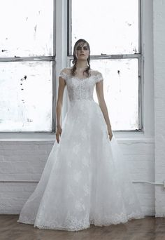 Off-the-shoulder Chantilly Lace A-line Wedding Dress | Isabelle Armstrong | Style: CIELO