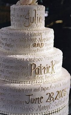 Quote is an old thing. Write your story on your wedding cake, nothing can make it more unique! #Wedding #Cake #WomenTriangle www.womentiangle.com