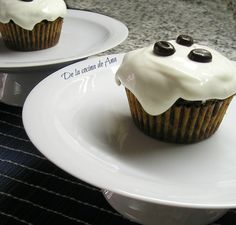 Muffins de Chocolate con Frosting de Queso Chocolate, Queso, Cupcakes, Brownies, Desserts, Food, Donut Holes, Fairy Cakes, Crack Cake