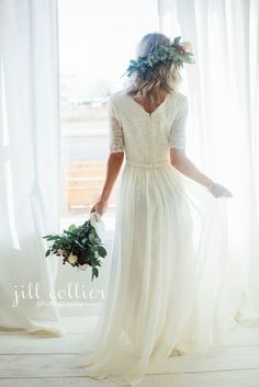 Winter bride modest bride Latter Day Bride modest bridal utah weddings wedding inspiration newly engaged bride to be. Temple Wedding Dresses, Modest Wedding Dresses, Wedding Gowns, Wedding Cakes, Dresses Dresses, Modest Homecoming Dresses, Lace Weddings, Indian Weddings, Simple Weddings