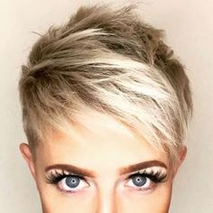 Today we have the most stylish 86 Cute Short Pixie Haircuts. We claim that you have never seen such elegant and eye-catching short hairstyles before. Pixie haircut, of course, offers a lot of options for the hair of the ladies'… Continue Reading → Short Pixie Haircuts, Short Hair Cuts, Short Hair Styles, Pixie Cuts, Corte Y Color, Sassy Hair, Haircut And Color, Hair 2018, Great Hair
