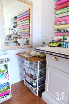 Craft room tour + hanging wrapping paper storage @inmyownstyle