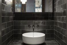 Formdepot Loft | Mayr & Glatzl Innenarchitektur GmbH #innenarchitektur #badezimmer #design #details Sink, Bathtub, Loft, Home Decor, Attic Rooms, Interior Designing, Homes, Sink Tops, Standing Bath