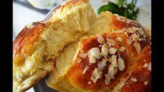 Εύκολο τσουρέκι με μαγιά - cretangastronomy.gr Greek Desserts, Greek Recipes, Sweets Recipes, Cooking Recipes, Bread And Pastries, Spanakopita, Holiday Baking, Cheesesteak, Food Processor Recipes