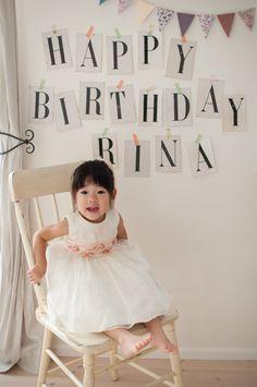 2歳のお誕生日パーティーアイデア☆会場にフォトブースを設置♪ More