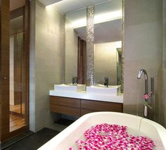 Stylish Luxurious HDB Bathrooms
