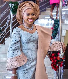 Aso Oke and Lace Attires for Traditional Weddings - Reny styles Nigerian Traditional Wedding, Traditional Wedding Attire, Traditional Weddings, African Wedding Attire, African Attire, African Wear, African Outfits, African Dresses For Women, African Women