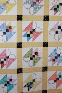 Pretty Butterfly Quilt called Til Butter Flies by Calli's mother from Make It Do....beautiful, I love it...
